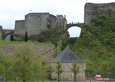 Bouillon et son château